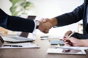 Handshake | Manager & Executive Outplacement Coaching